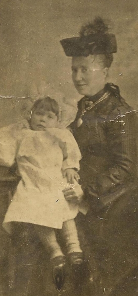 baby alice and m.a. elizabeth curtis-ingram circa 1907