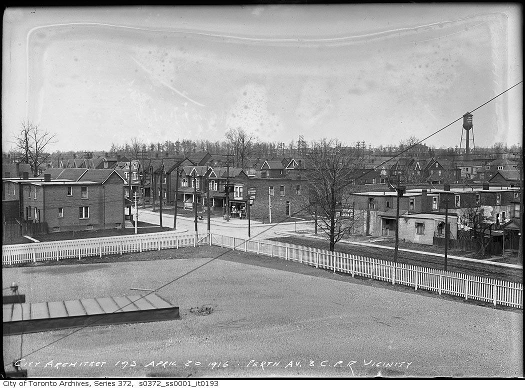 Perth ave, 1916